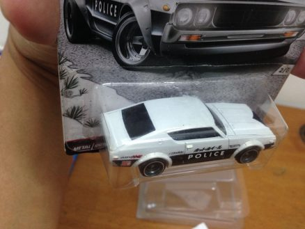 Hot Wheels Japan Historic 2016 Car Culture Nissan Skyline 2000 GT-R police