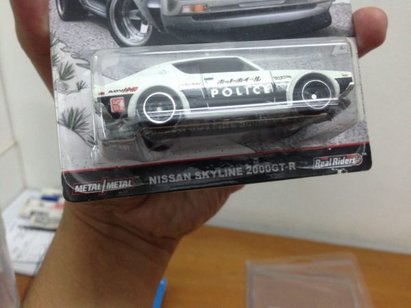 Hot Wheels Japan Historic 2016 Nissan Skyline 2000 GT-R police Real Riders