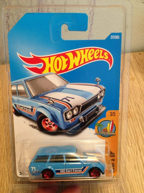 Hot Wheels 71 Datsun Bluebird 510 Wagon Biru