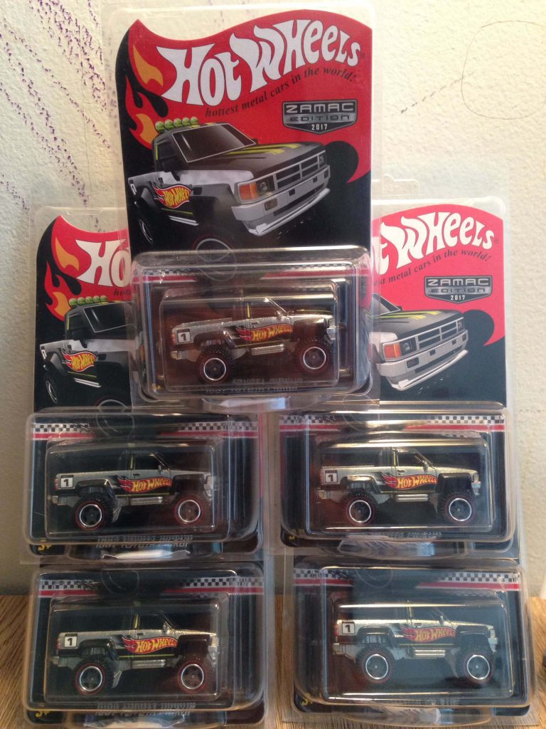 Hot Wheels Langka 2017 Collector edition Toyota Pickup Zamac Edition - Diecasnesia