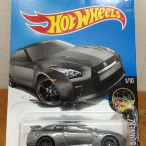 Hot Wheels Langka Nissan GT-R R35