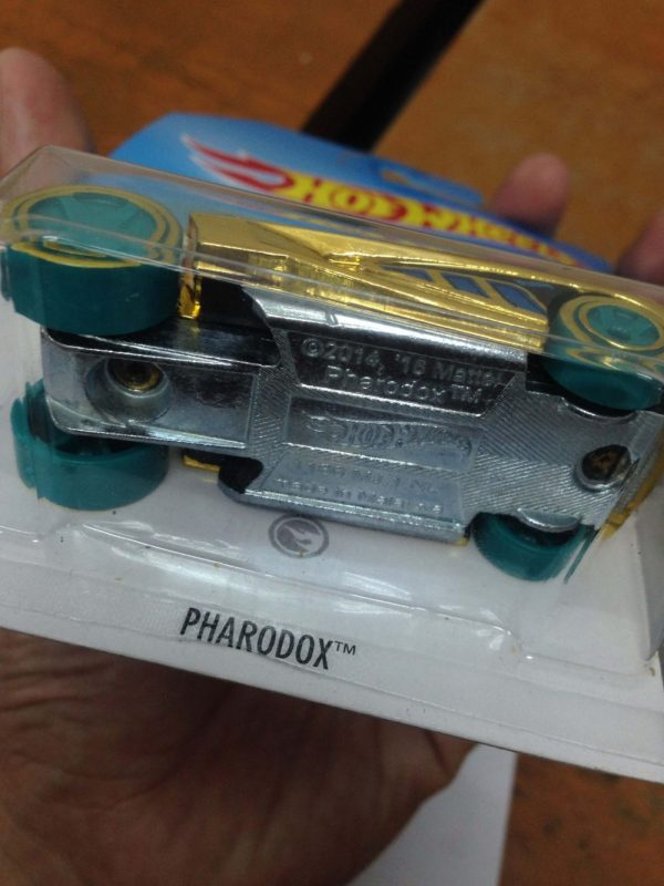 Hot Wheels Langka Pharadox Treasure Hunt Regular Diecasnesia