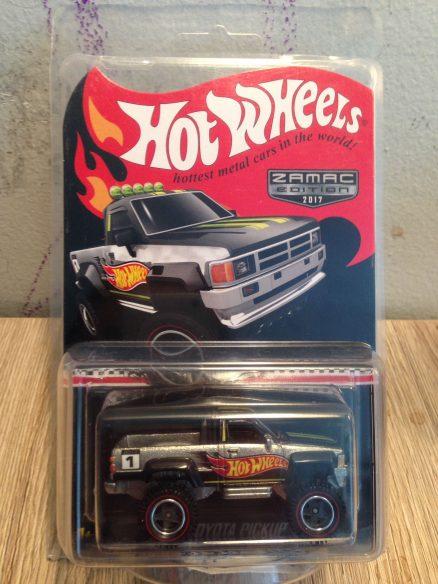 Hot Wheels Langka Toyota Pickup Zamac Edition protector