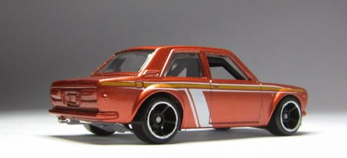 hot wheels langka error tampo stripe line datsun bluebird 510