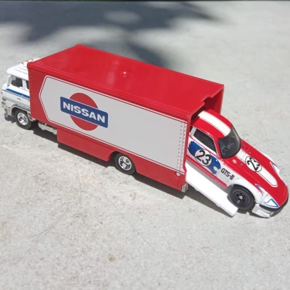 Mobil Hot Wheels Langka Team Transport Nissan Fairlady dan Sakura Sprinter Truck (Loosed 2 Mobil)