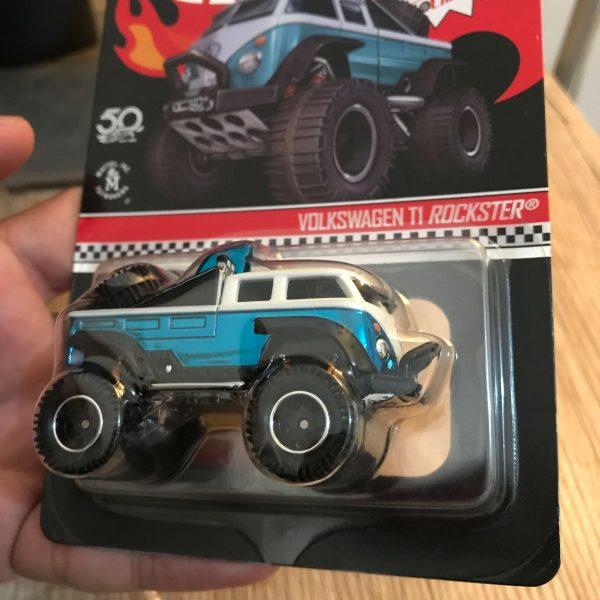Hot Wheels RLC Volkswagen T1 Rockster